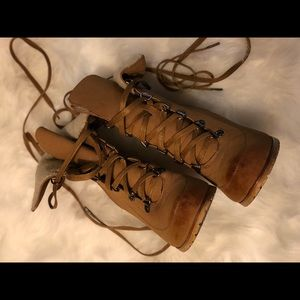 Shoe Dazzle Tie-Up Boots
